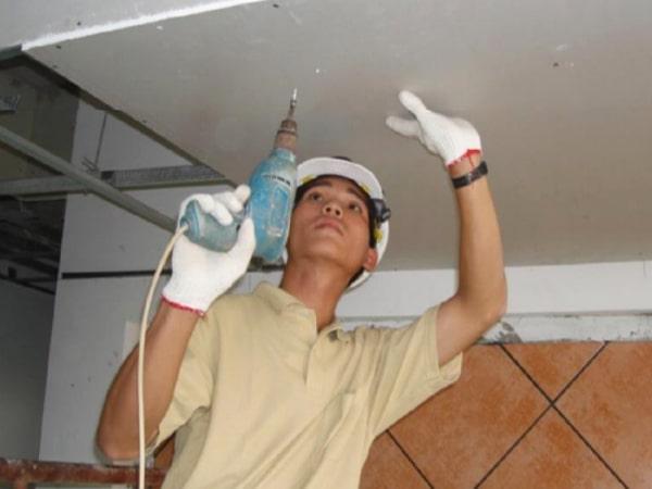 Camera chuyên dụng được gắn chặt trên trần nhà