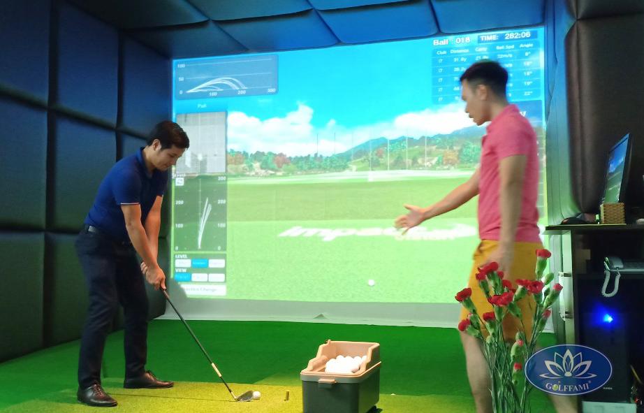 Khách tập phòng golf 3d Đà Nẵng